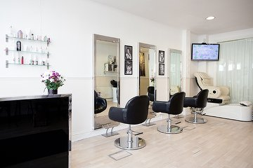 Sumera's Hair & Beauty Unisex Salon