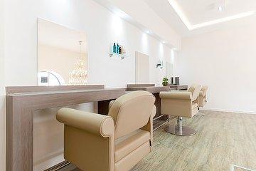 Tommy's Salon