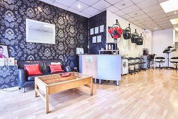 Oasis Hair & Beauty Salon