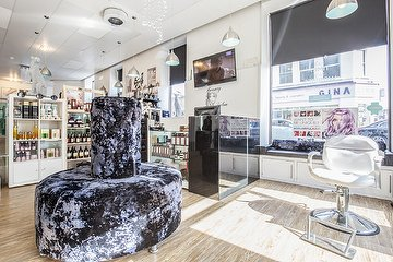 Niha Cuts & Beauty - Croydon