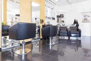J'adore Bio Beauty Salon