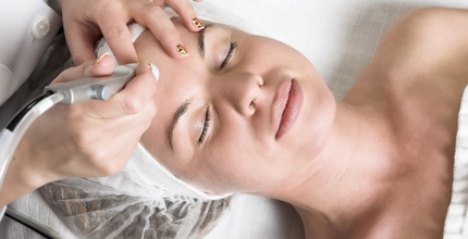 The Best Deal Guide - Galvanic Face Lift – Rejuvenate your complexion – reduces wrinkles and lines, restores smoothness and firmness.   The Galvanic Spa uses a safe, mild electric current to enhance the delivery of ageLOC products into the skin.   Nu Skin's ageLOC anti-a