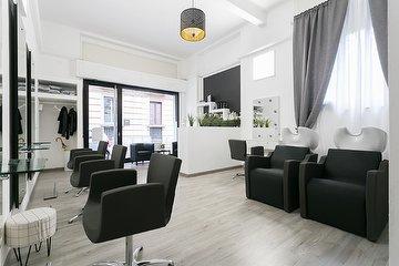 Angie Hair Salon - Moscova