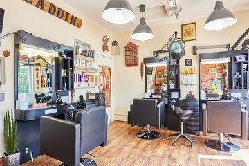 Aladdin Unisex Hairdressing