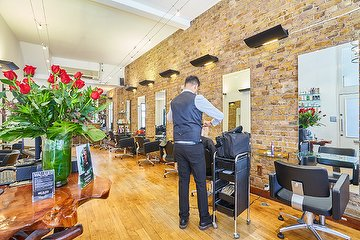 Mad Lillies Hair Salon