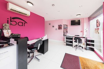 iBar Beauty Salon & Nail Bar