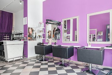 Diamond Hair & Beauty Salon