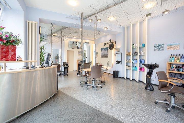 locke glatze in der kastanienallee friseur in prenzlauer berg berlin treatwell. Black Bedroom Furniture Sets. Home Design Ideas