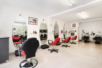Lisa Valentino's Hair Salon