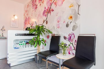 Pink Orchid Nails & Beauty Hamburg
