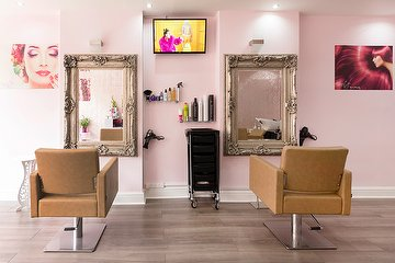 Vanity Hair & Beauty