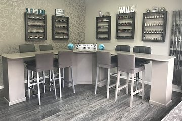 Scratch Nail/Beauty & Hair Studio