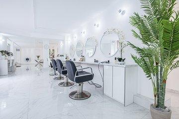 Magi Alexander Luxury Beauty and Hair