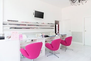 Pink Nails - Colindale