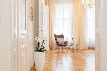 Christina Kiselyova Hair & Makeup Artist, 1. Bezirk, Wien