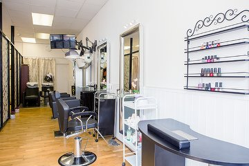 Dimple's Beauty Lounge