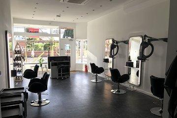 pelo Unisex Salon
