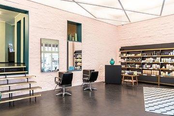 Schnittstelle - Kreuzberg - Aveda Lifestylesalon