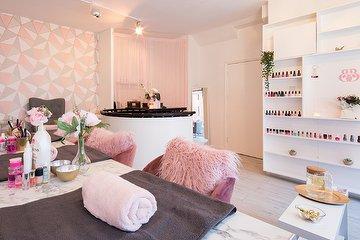 Bubbly Beauty Parlour