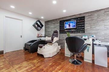 Dani's Beauty Salon
