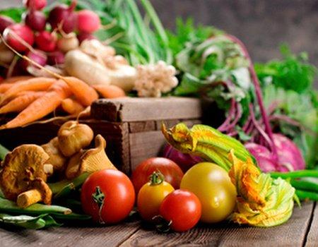 Treatwell tasters: healthy super food salad