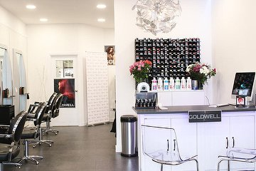 Roar Hair & Beauty - Giffnock