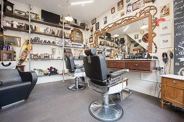 Mr Sam Barbershop & Hair Salon