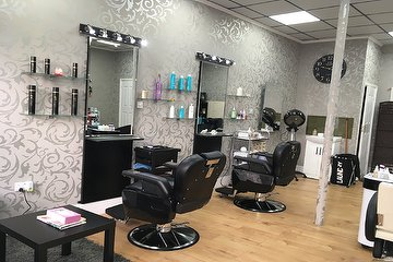 Posh Pro Hair & Beauty