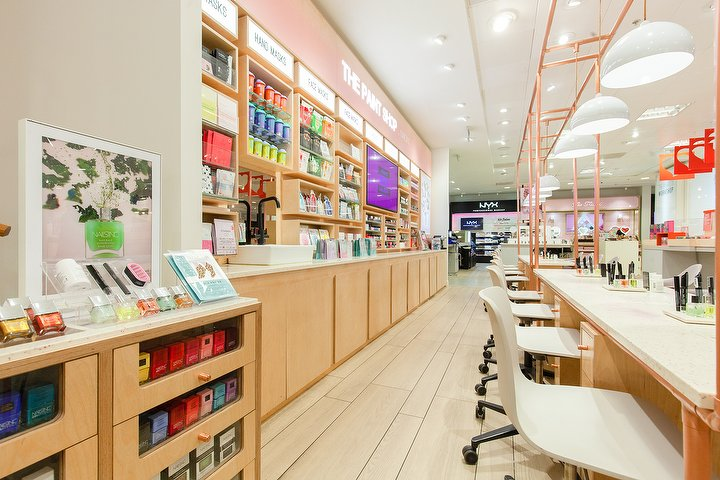 4b276e06b376a The Paint Shop by Nails Inc