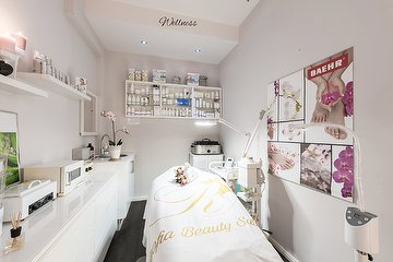Roofia Beauty Salon