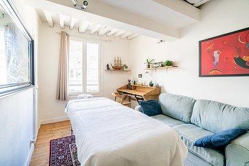 Palm Massage, Rue La Fayette, Paris