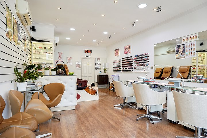 Vna Nails Spa Nail Salon In Barnes London Treatwell
