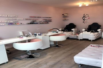 Tips & Toes Wandsworth