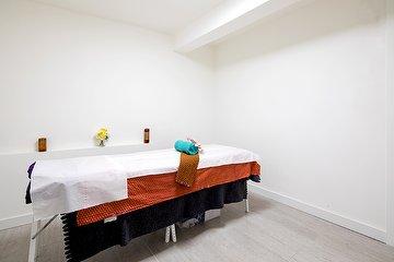 UThai Massage Therapy