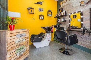 Camden Town / Hair-Studio, Palos de la Frontera, Madrid