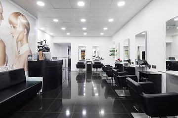 Dare Salon & Academy