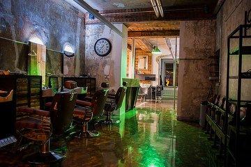 Greta Kahn Urban Cuts