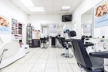 Osterley Salon (Female Only)