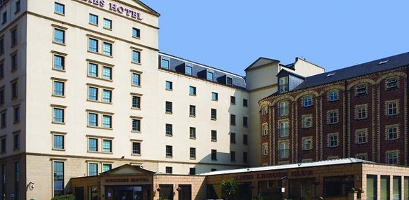 Savannah Beauty Centre And City Day Spa At Menzies Hotel