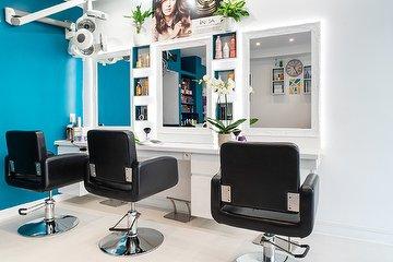 New Hair, Porte de Saint-Cloud, Paris