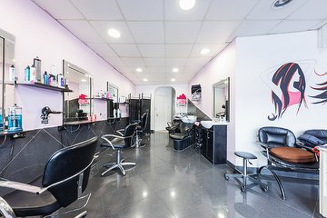 Xpressions Hair & Beauty