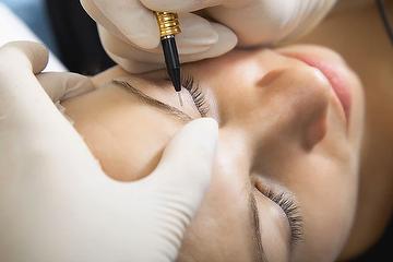 Mariah Pinder Permanent Makeup Mobile Beautician