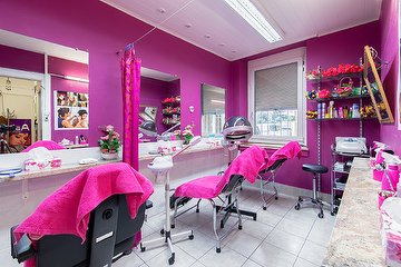 Asian Beauty Parlor