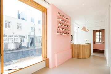 Sugaring London - Notting Hill Gate