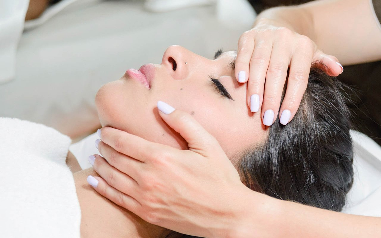 Top 15 places for Eyebrow Threading in Provincie Utrecht - Treatwell