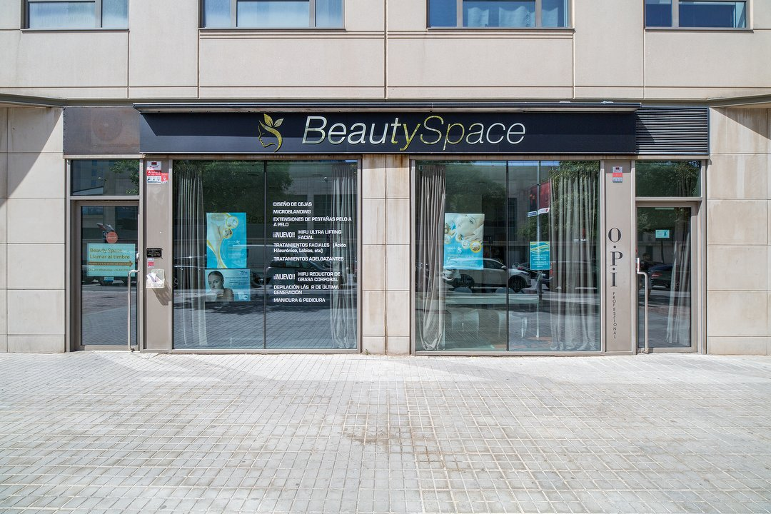 Beauty Space Salon De Belleza En Selva De Mar Barcelona Treatwell