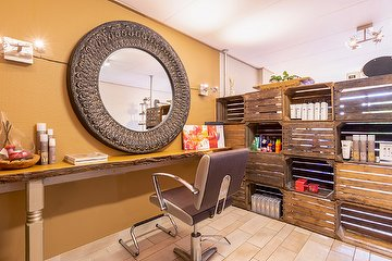 Beauty Boutique - hair, nails and health