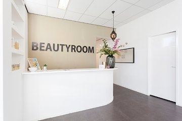 Beautyroom Eindhoven by Dounia