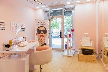 Nail Lounge IBD Store