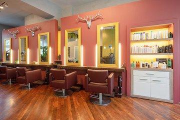 El Corte Hair Lounge